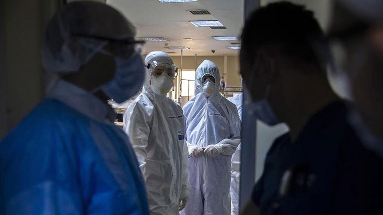 Sivas'ta koronavirüs yakalanan 81 yaşındaki kadın koronavirüsü yendi