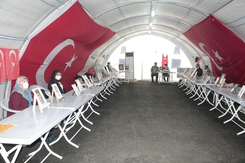 HDP önündeki nöbet sürüyor!