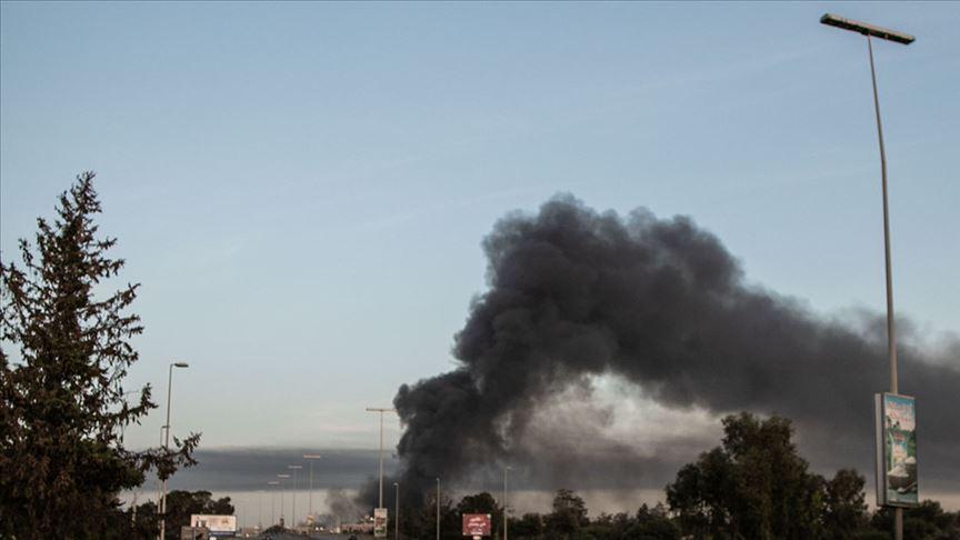 Libya ordusundan Vatiyye Askeri Üssü ve çevresine hava harekatı
