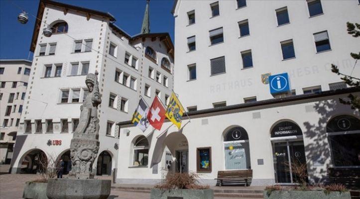 İsviçre, komşularıyla sınırlarını yeniden açıyor
