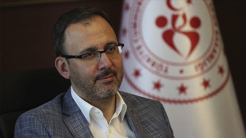 Bakan Kasapoğlu, 19 Mayıs nedeniyle saat 19.19'da tüm Türkiye'yi İstiklal Marşı okumaya davet etti