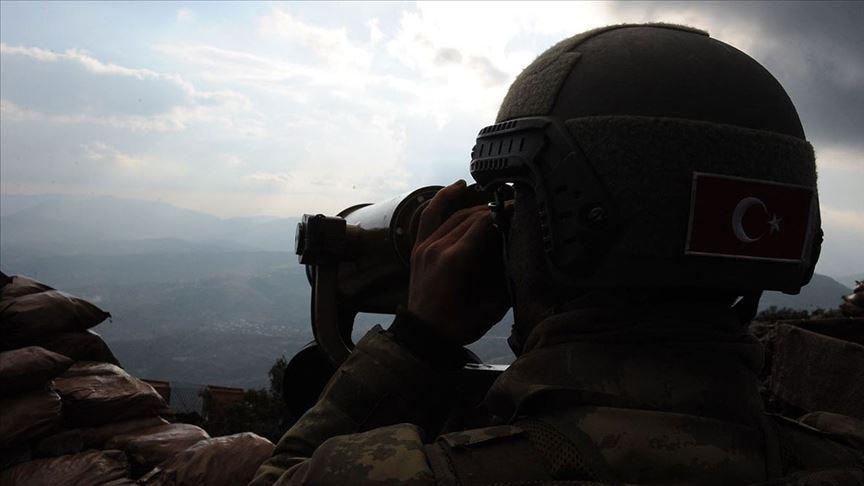 PKK'da çözülme devam ediyor... Şanlıurfa'da bir terörist güvenlik güçlerine teslim oldu