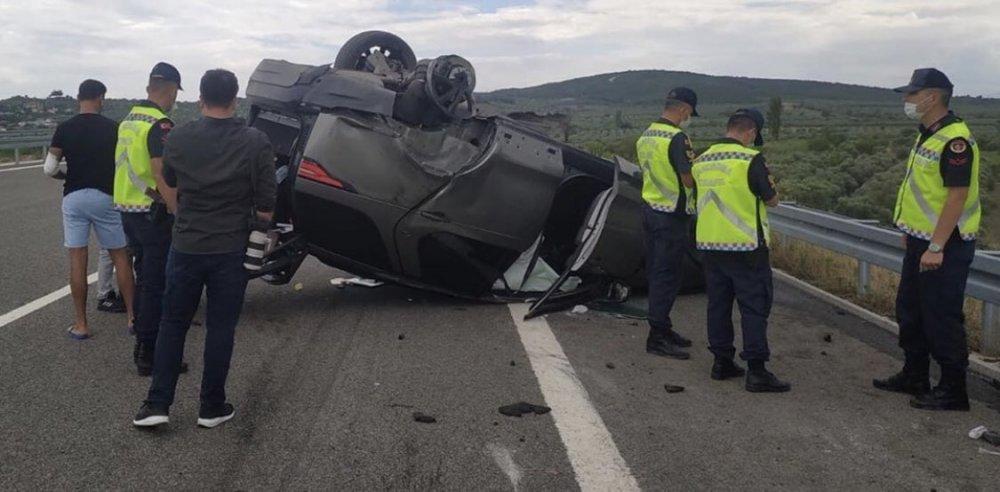 Ünlü şarkıcı Alişan ve ailesi trafik kazası geçirdi!