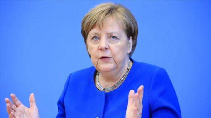 Merkel: Avrupa tarihinin en zor durumunda