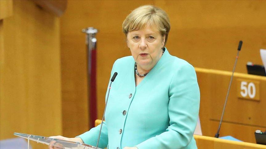 Almanya Başbakanı Merkel'den  anlaşma çağrısı
