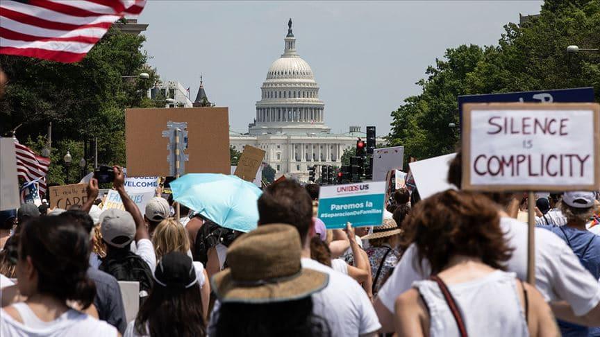 ABD'deki yasadışı göçmenler Kongredeki koltukların bölünmesinde hesaba katılmayacak