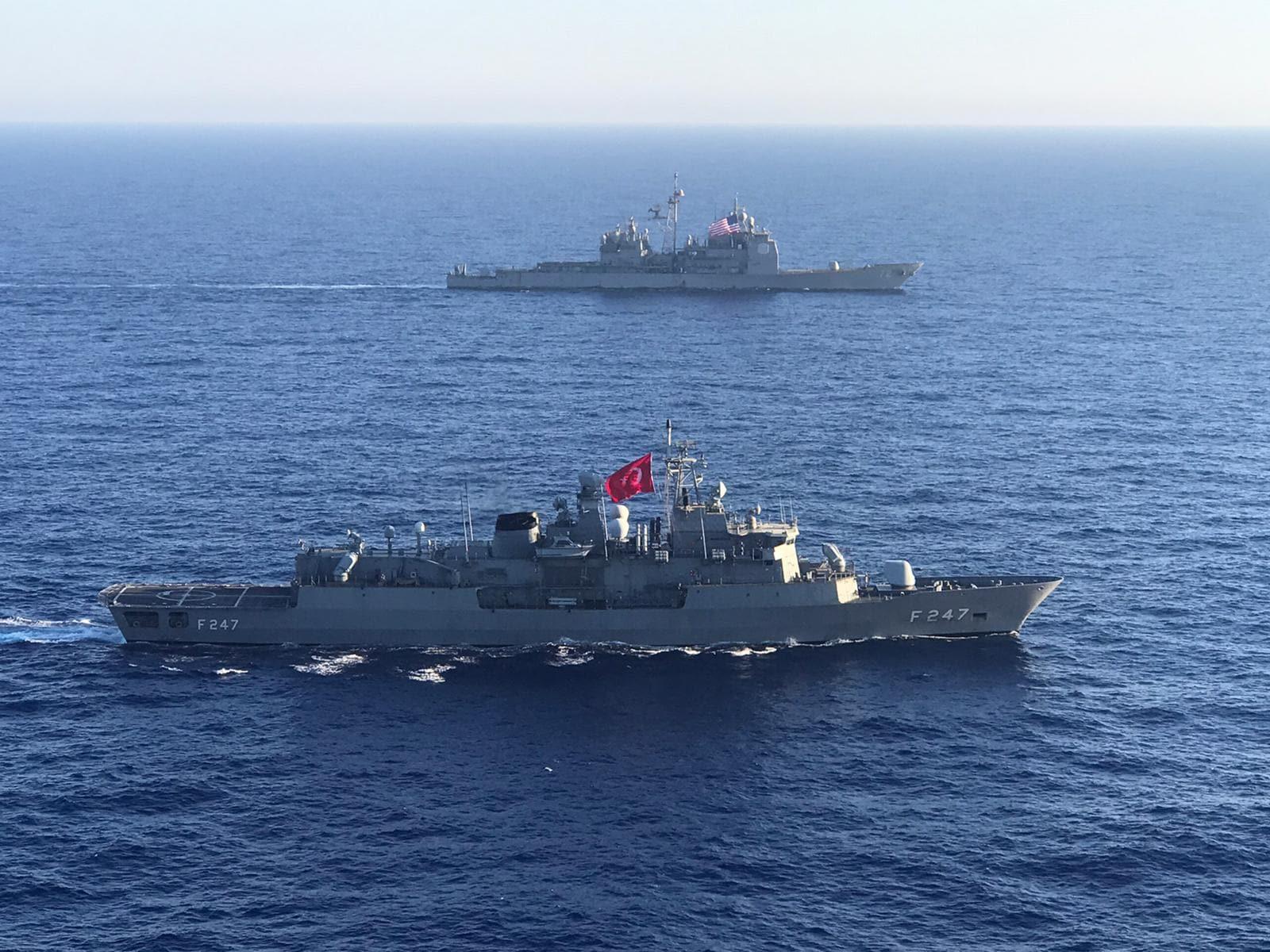 MSB duyurdu! Türkiye ve ABD, Akdeniz'de deniz eğitimi icra etti