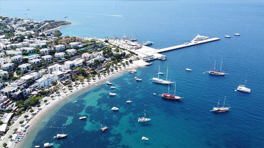Almanya'nın seyahat uyarısını kaldırması Egeli turizmcileri sevindirdi