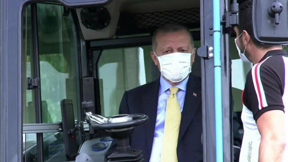 Başkan Erdoğan TÜBİTAK Mükemmeliyet Merkezleri'nde incelemelerde bulundu