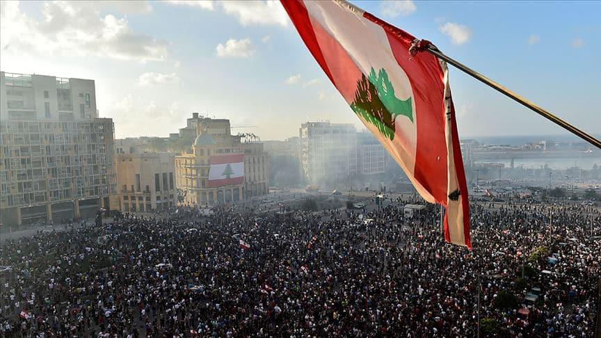 Lübnan'da halkın talepleri net: Parlamento değişmeli