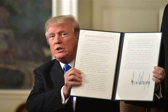 Trump, Kudüs için attığı imzanın gerekçesini açıkladı: Evanjelistleri memnun etmek