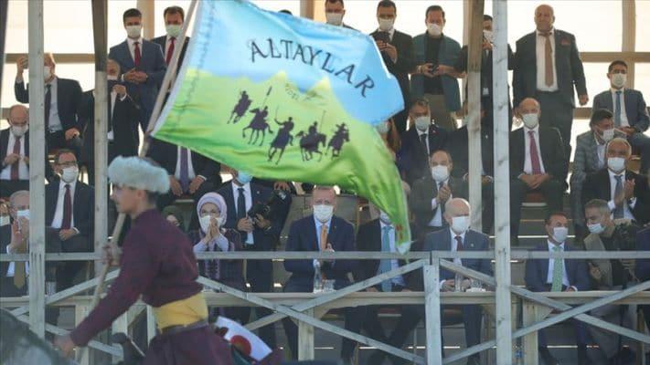 Başkan Erdoğan, Ahlat'taki etkinlikleri izledi