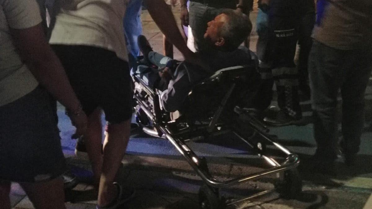 Eski Menemen Belediye Başkanı Tahir Şahin, silahlı saldırıda ayağından yaralandı