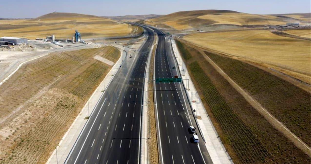 Ankara-Niğde Otoyolu vatandaştan tam not aldı! İlk gün 10 bin araç geçti