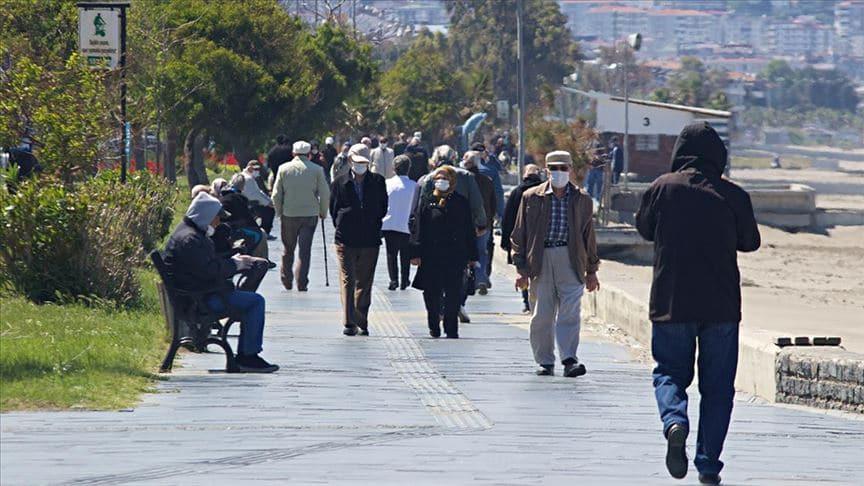 Samsun'da 65 yaş ve üzeri vatandaşların toplu taşıma araçlarını kullanmasına kısıtlama getirildi