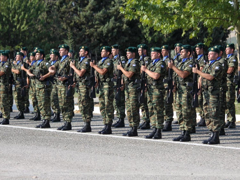 Yunan'ın Türkiye korkusu büyüyor! Askerlik süresini uzatacaklar
