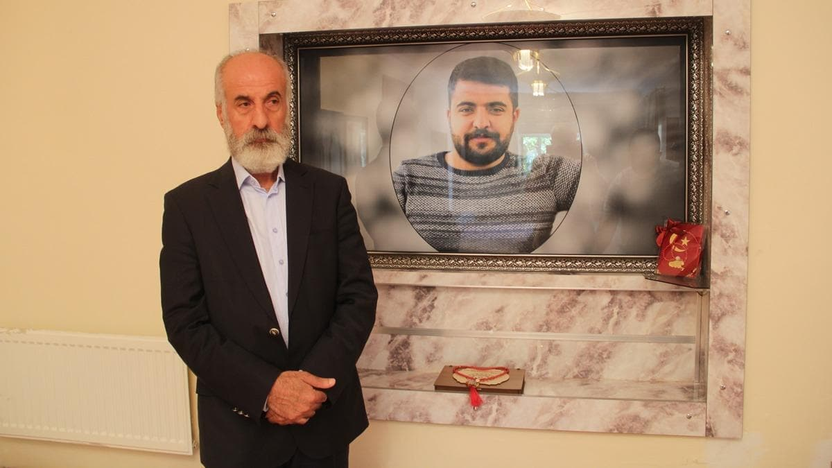 """HDP'den Kürtlere dost olmaz"""