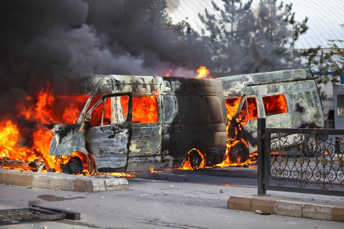 Kobani olayları operasyonu: 7 ilde 82 kişi hakkında gözaltı kararı var