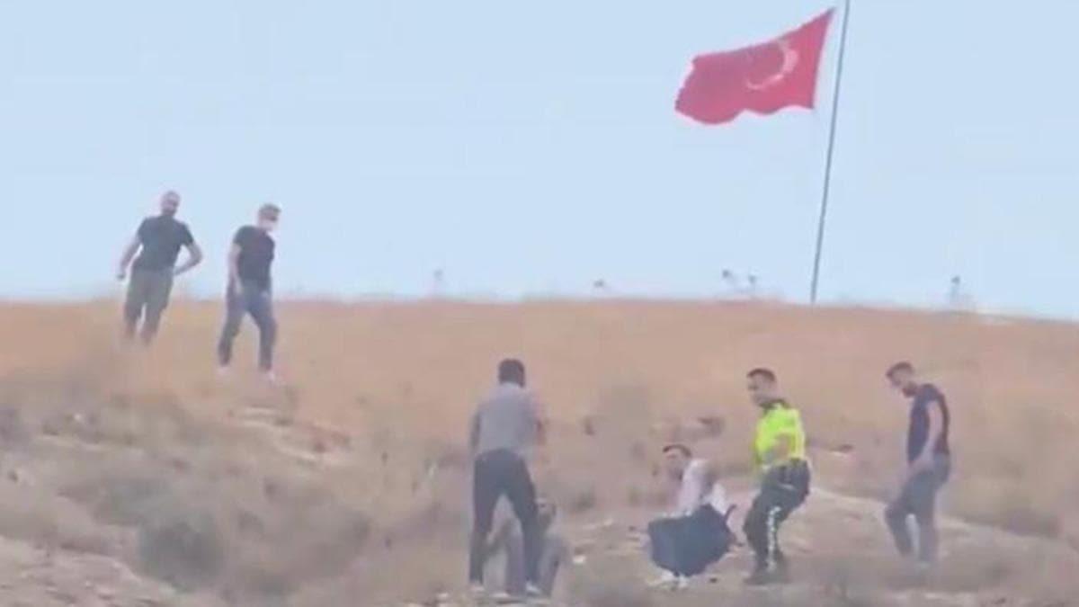 Şanlıurfa'da Türk bayrağını indirmeye çalışmıştı! O şahıs tutuklandı