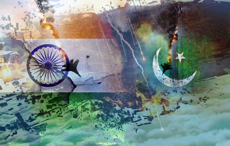 Hindistan'dan Pakistan'a taciz ateşi: 1'i asker 2 ölü