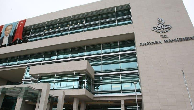 AYM, CHP'nin çoklu baro sistemini getiren kanunun iptal istemini reddetti