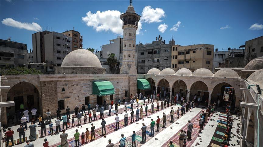 Gazze'de camiler yeniden açılıyor