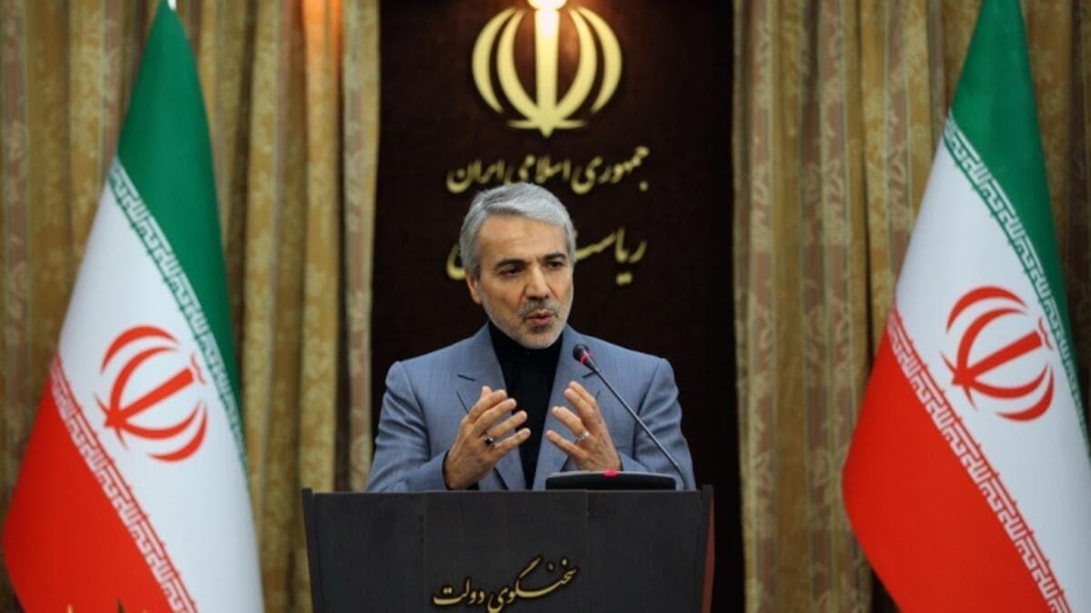 İranlı bakan ülkenin içinde bulunduğu durumu açıkladı: 1 dolara muhtacız