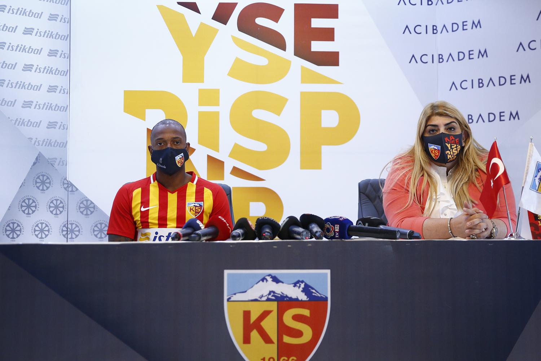 Manuel Fernandes'ten Kayserispor'a 2 yıllık imza