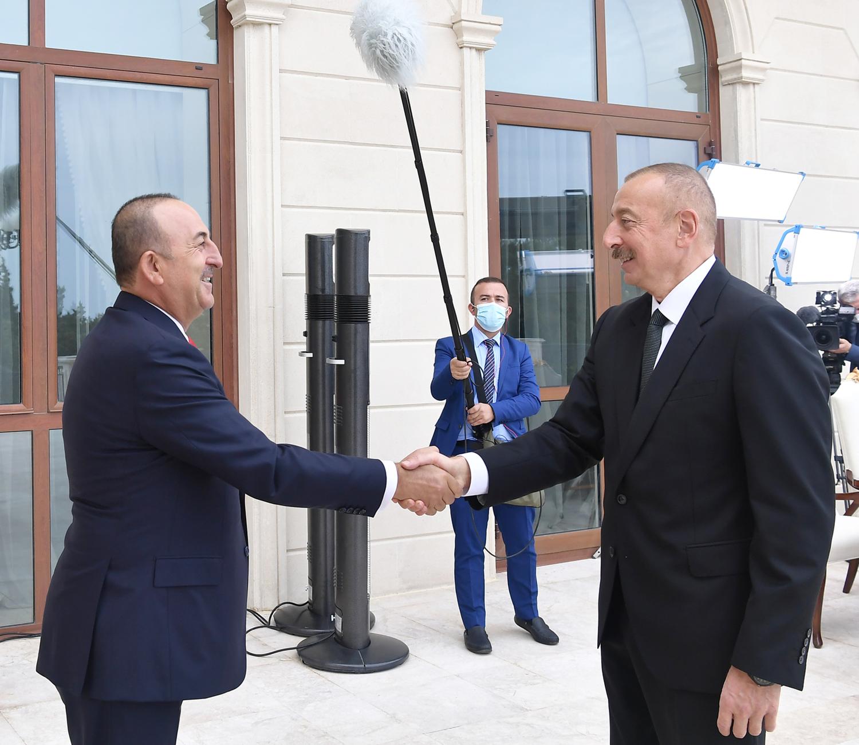 Azerbaycan'a kritik ziyaret! Çavuşoğlu, Aliyev ile bir araya geldi