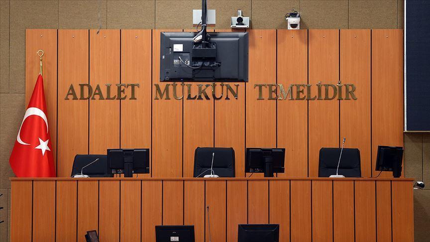 Diyarbakır'da terör soruşturmasında gözaltına alınan avukat tutuklandı