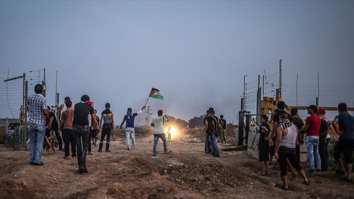 Filistinlilerden işgalci İsrail'in yasa dışı yerleşim yerlerine protesto