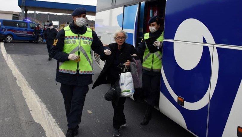 43 ilin girişinde otobüsler tek tek durduruldu, koronavirüs denetimi yapıldı