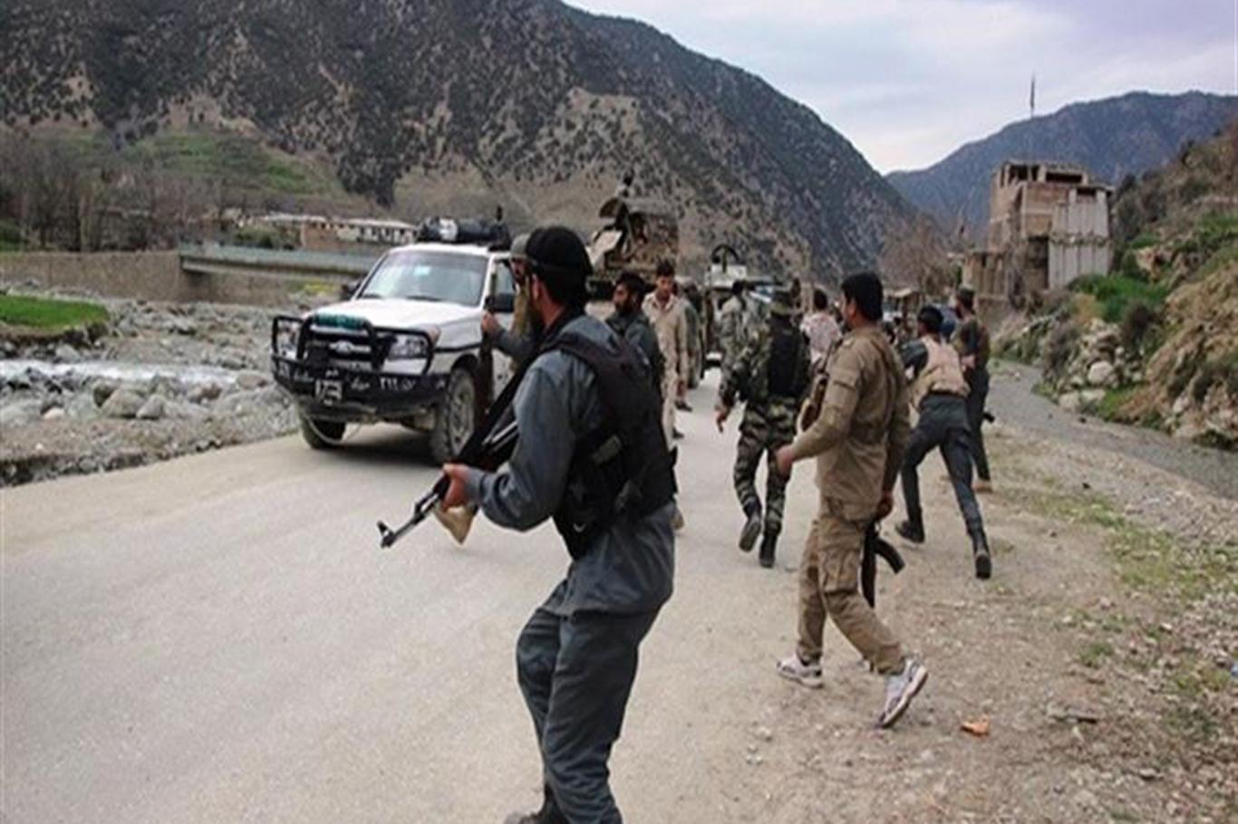 Afganistan'da askeri karakola saldırı: 20 ölü