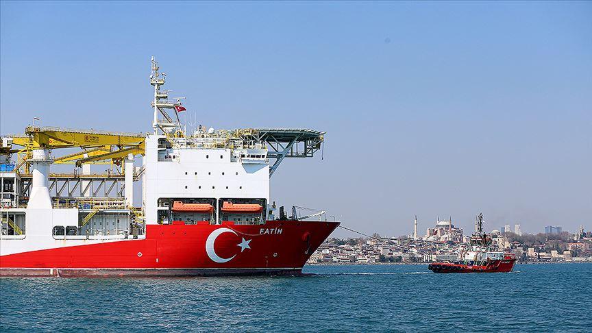 Karadeniz'e Türk gemileri damga vurdu: Fatih kazacak Kanuni test edecek
