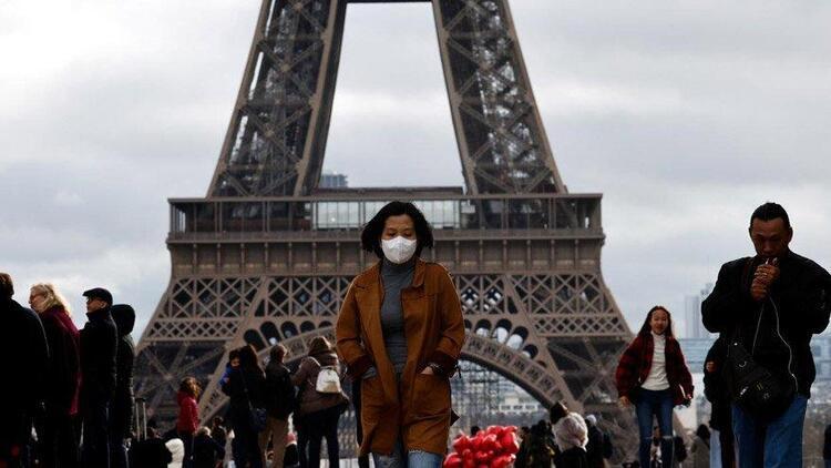 Koronavirüsün hızla arttığı Fransa'da 38 bölgede sokağa çıkma yasağı ilan edildi