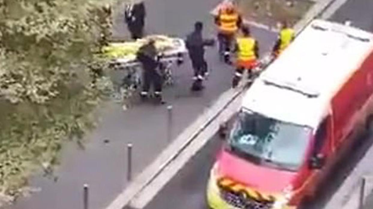 Fransa'da bir kilise yakınında bıçaklı saldırı