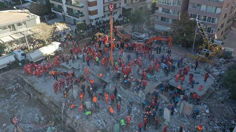 İzmir'i 6.6 büyüklüğünde deprem vurdu! Can kaybı artıyor...
