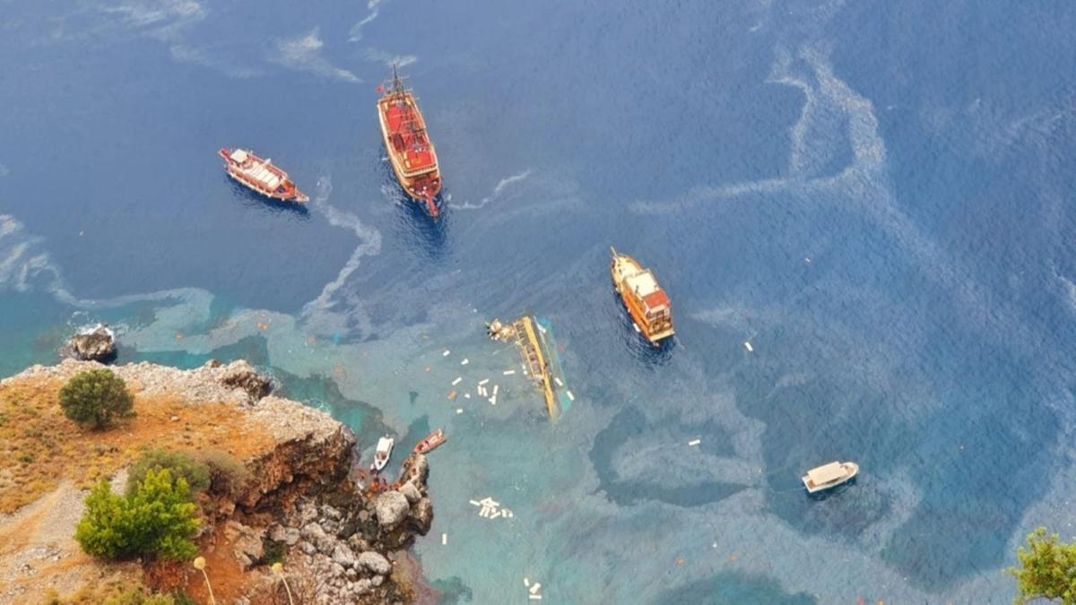 Alanya'da tur teknesi battı: 1 turist öldü