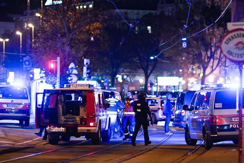 Viyana'da korkunç saldırı: Çok sayıda ölü ve yaralı var!