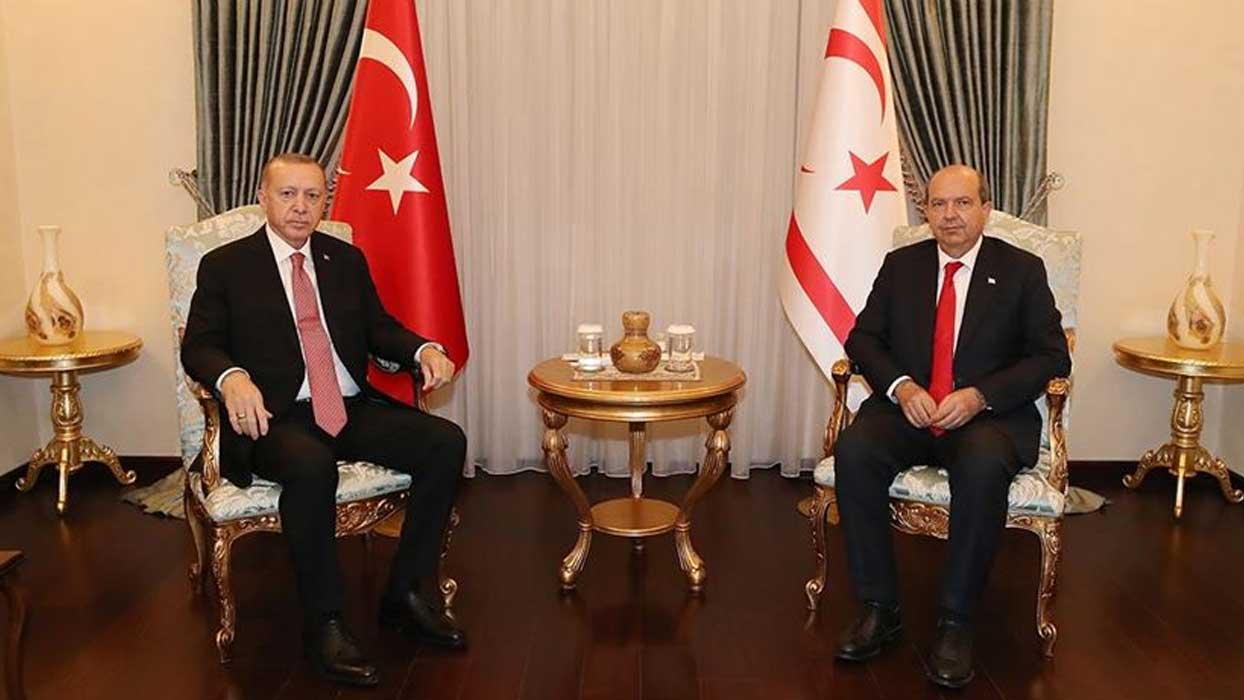Başkan Erdoğan KKTC'de Ersin Tatar ile bir araya geldi