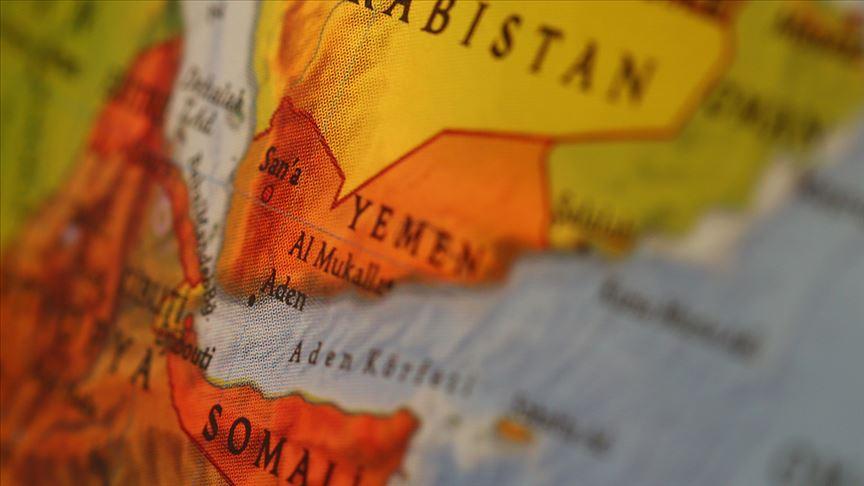 BAE destekli güçlerin kontrolündeki Aden kentinde su kesintileri protesto edildi