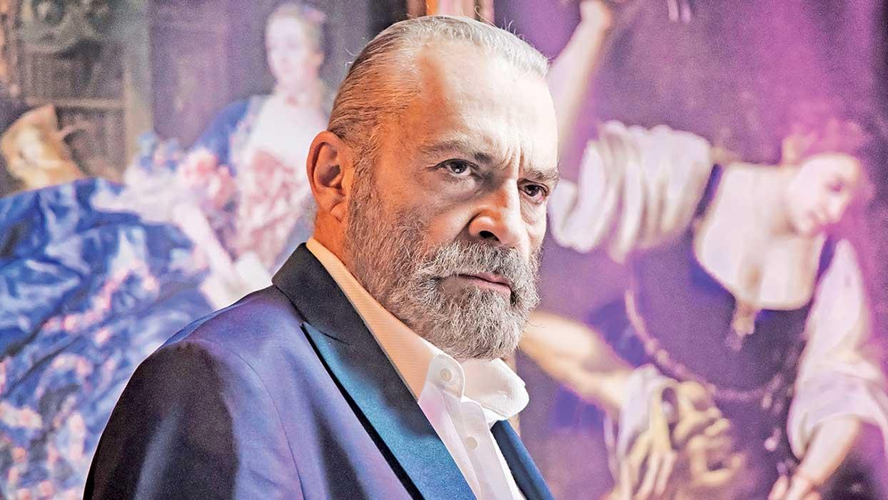 Haluk Bilginer, Demet Akbağ, Elçin Sangu ve Alican Yücesoy'lu '9 Kere Leyla' dijital için artık hazır