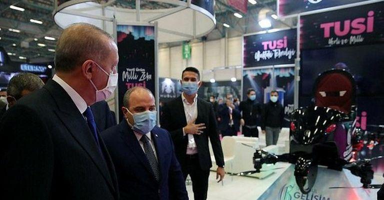 Başkan Erdoğan, uçan araba 'TUSİ'yi inceledi