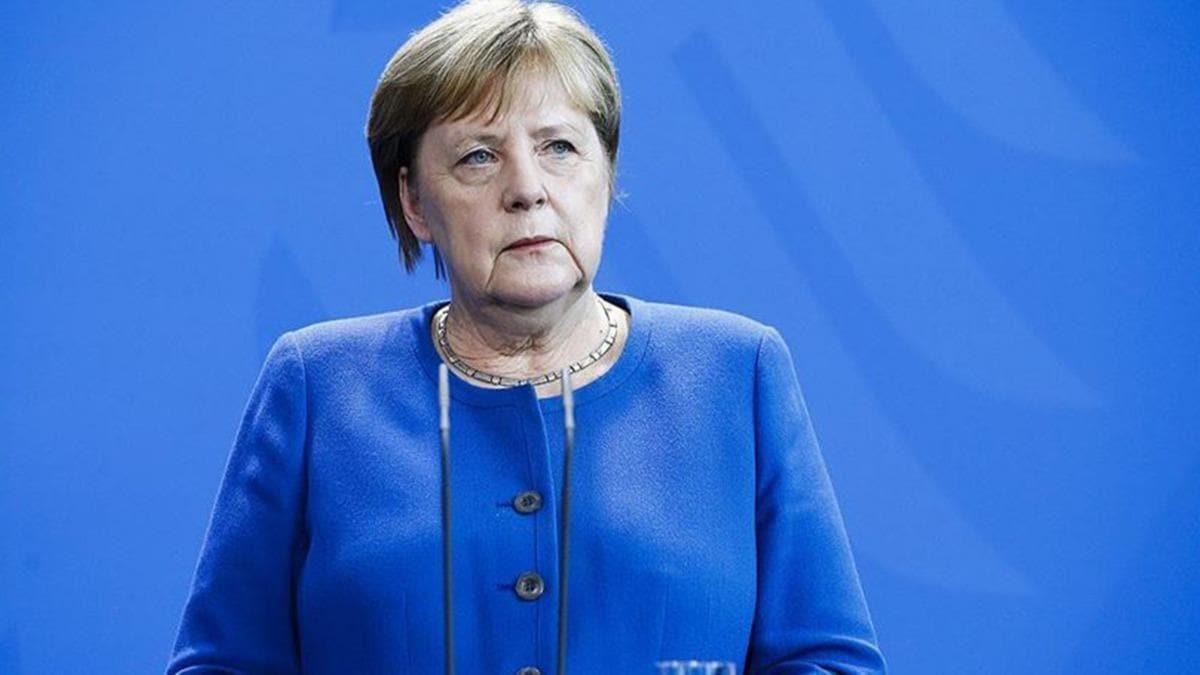 Merkel'den devletlere aşı için çağrı