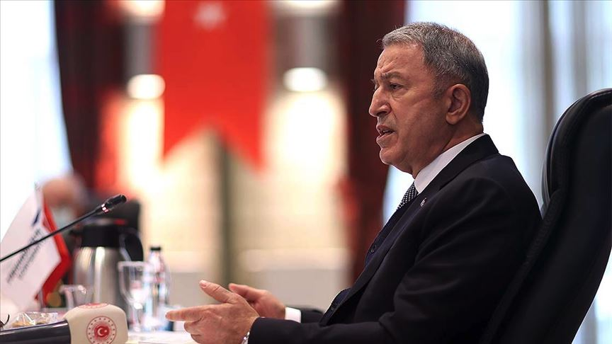 Bakan Akar'dan Türk gemisindeki hukuk dışı aramaya tepki