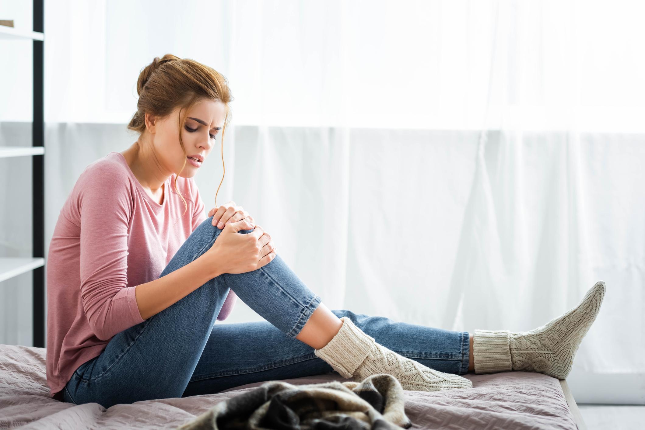Kol ve bacaklarda şişlik varsa dikkat! Kemik tümörü sinyali olabilir