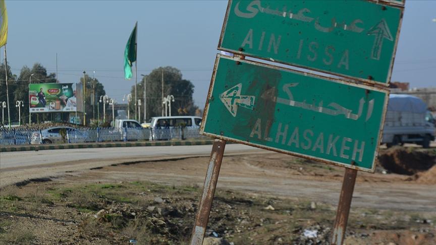 YPG/PKK'lı teröristler Haseke'de muhalif parti ofislerine saldırıyor