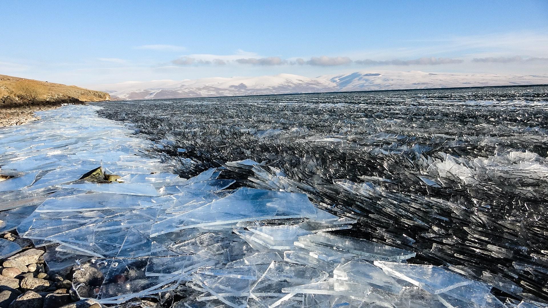 Antartika değil Çıldır Gölü