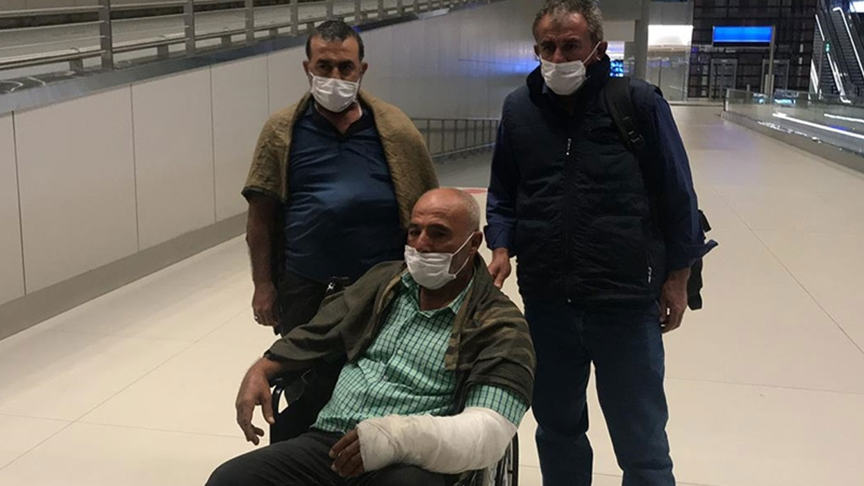 Terör saldırısında yaşamını yitiren Türk işçilerin cenazeleri yurda getirildi