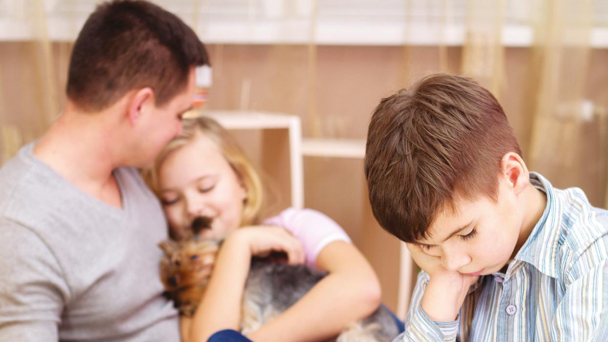 Anne babalar dikkat : Kardeş kavgasında taraf olmayın